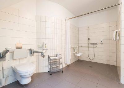 badkamer met inloopdouche