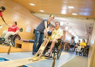 Vakantie met begeleiding Stichting Heinz Reizen Rheinsberg Bowling