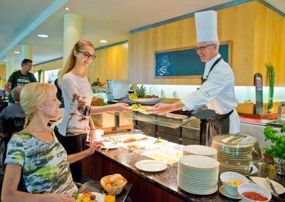Vakantie met begeleiding Stichting Heinz Reizen Rheinsberg restaurant